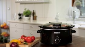 Crock-Pot® 5.7L SlowCooker with Hinged Lid